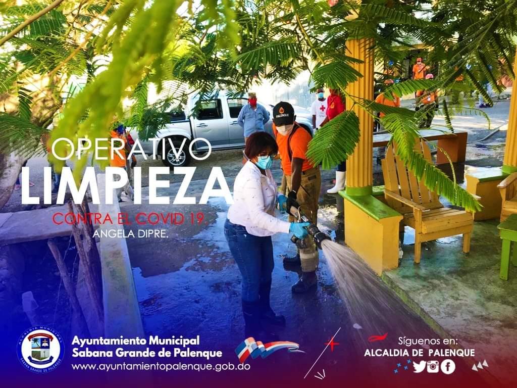Angela Dipre inicia Operativo de Limpieza en Palenque contra el COVID19